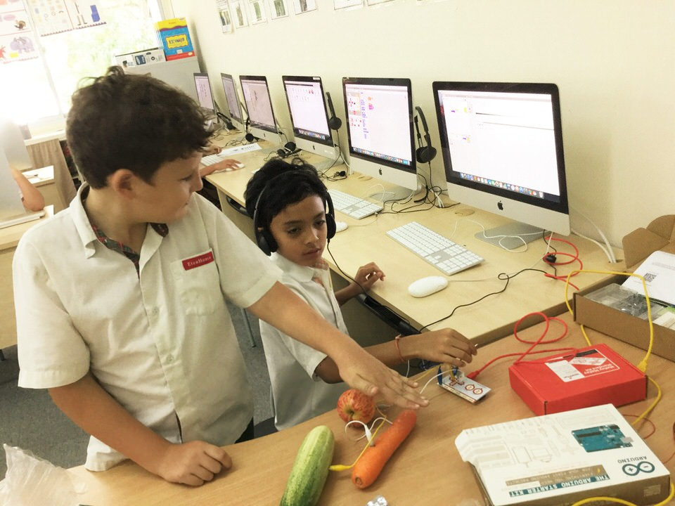 EtonHouse International School Broadrick - Design and program circuit boards to play music using everyday items to display their understanding of Energy and transformation of energy