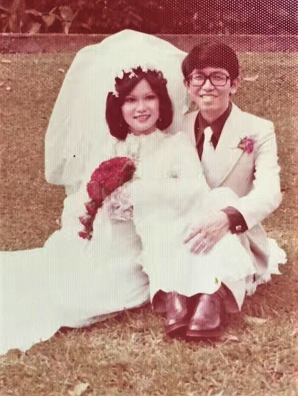 EtonHouse Blog - Mrs Ng Gim Choo, Founder and Managing Director of EtonHouse, celebrates her 40th wedding anniversary